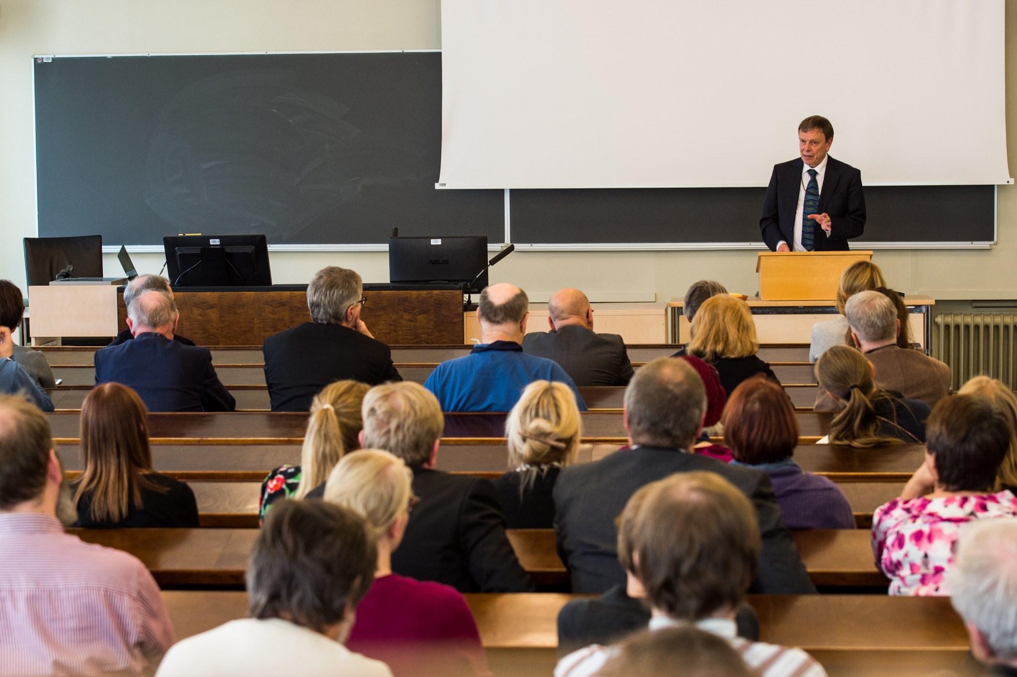 Antti Marjanen puhuu